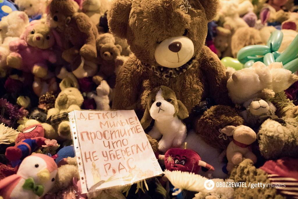 """""""Тела в коробках"""": названо число погибших в Кемерово детей"""
