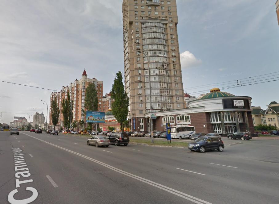 Напад стався на проспекті Героїв Сталінграда