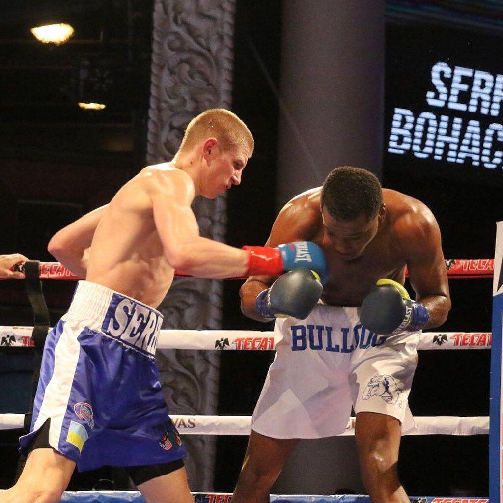 Непереможний український боксер здобув в США яскраву перемогу нокаутом