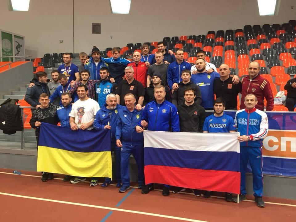 Через фото з прапором РФ: у Федерації боротьби виступили з критикою