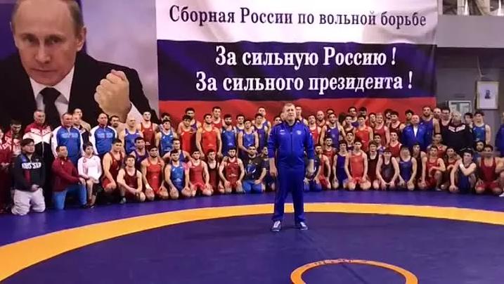 Борців з РФ зловили на лицемірстві після фото з українцями