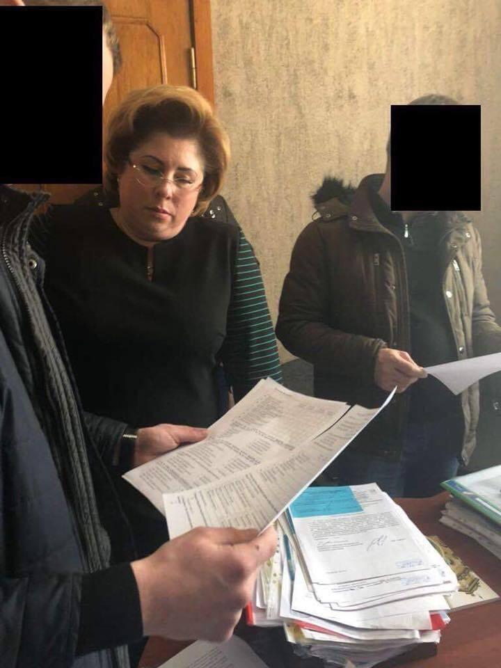 СБУ провела обшуки у одіозної харківської чиновниці