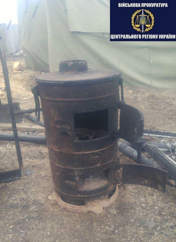 Сгорело дотла: на Черниговщине произошел пожар в воинской части