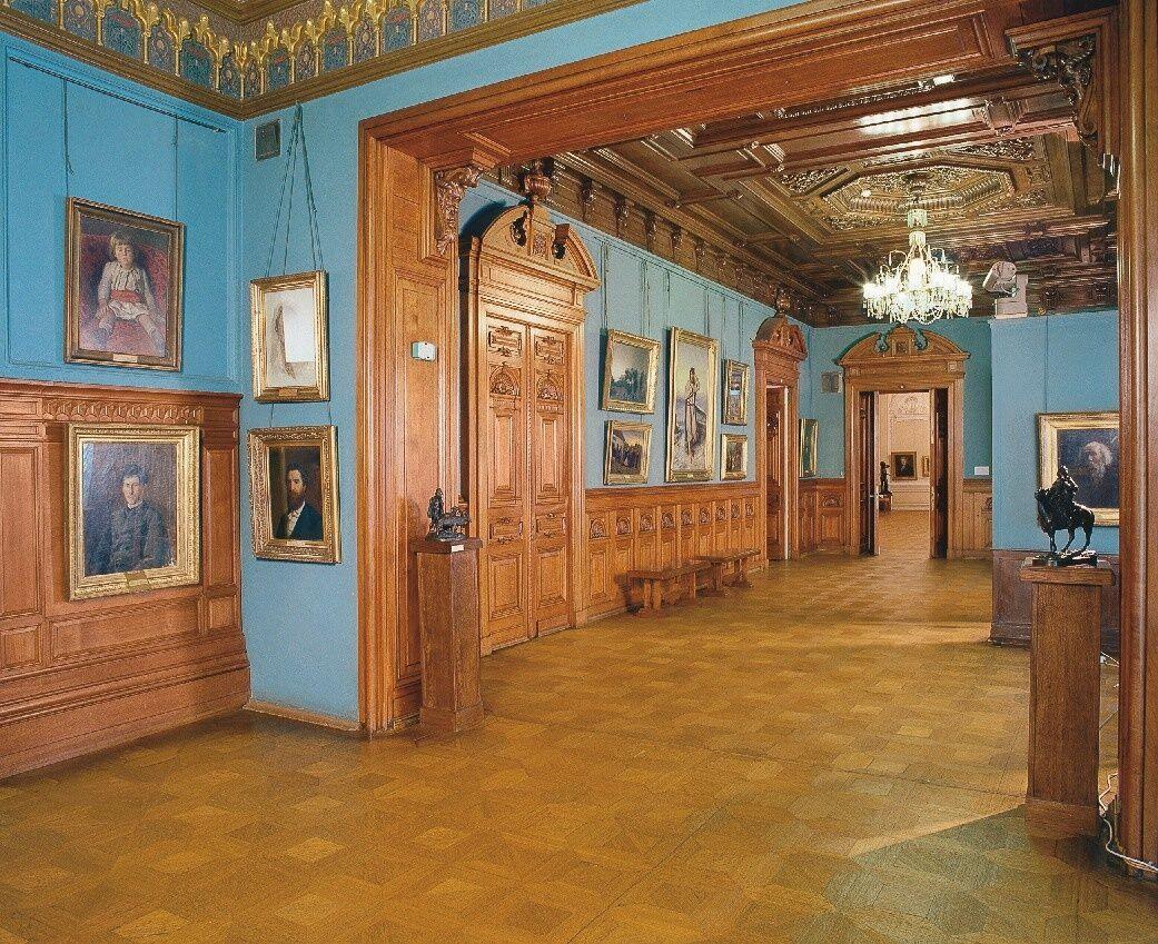 """Национальный музей """"Киевская картинная галерея"""""""