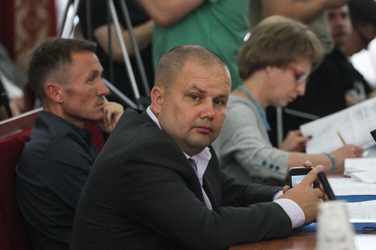 На Житомирщине депутат выстрелил в себя