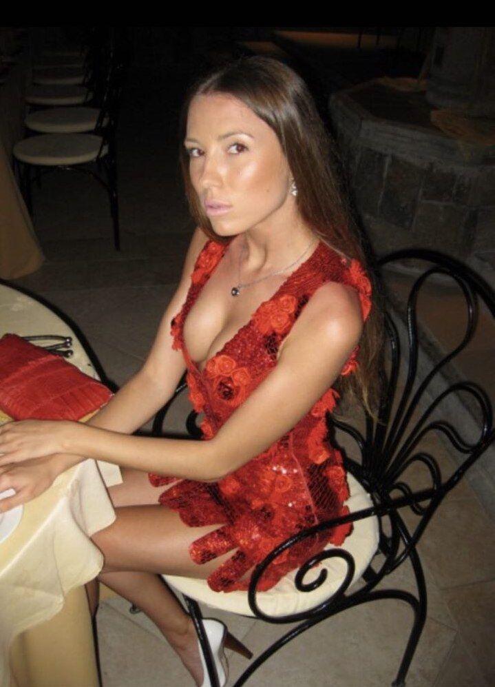 Нашлись сексуальные фото новой жены младшего Ющенко