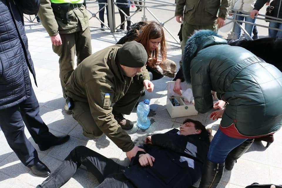 В Одесі, під час святкування Гуморини, на чоловіка впав фасад будинку