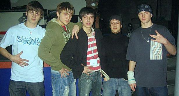 Дмитро Монатік (другий праворуч) у 2000 році, Луцьк
