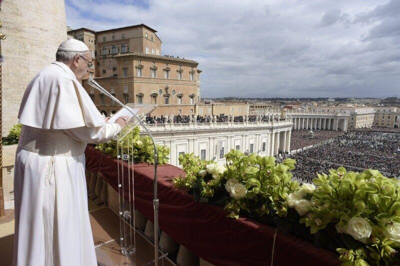 """Urbi et Orbi: Франциск сказал о """"плодах мира"""" для Украины"""