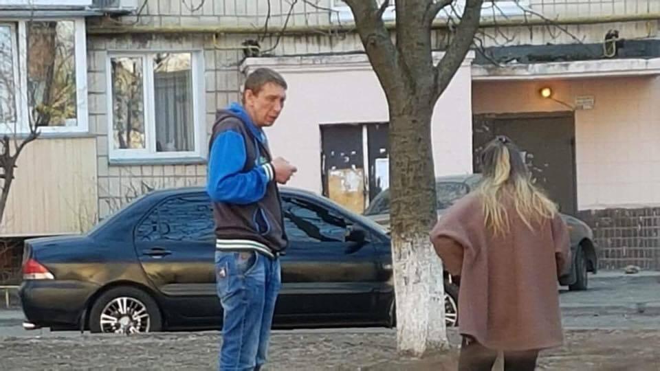 У Києві чоловік викинув з дев'ятого поверху собаку