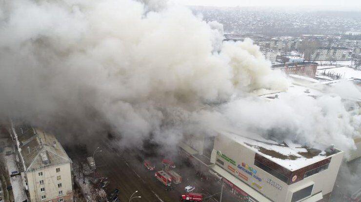 У МНС РФ пояснили, чому діти в ТЦ згоріли