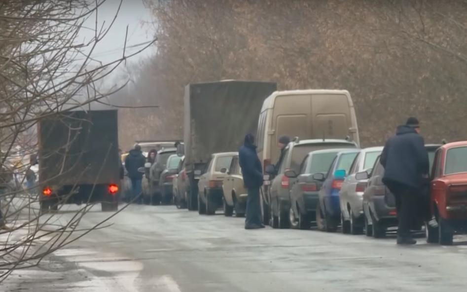 Кто крышует контрабанду в АТО: откровенное интервью с комендантом Зайцево