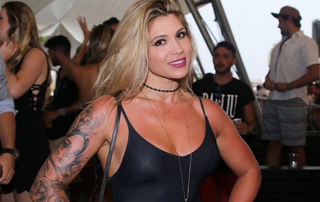 Даниэла Соуза, жена Дентиньо