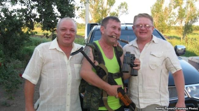 Сергій Тіунов (праворуч) і Сергій Дубинський (в центрі)
