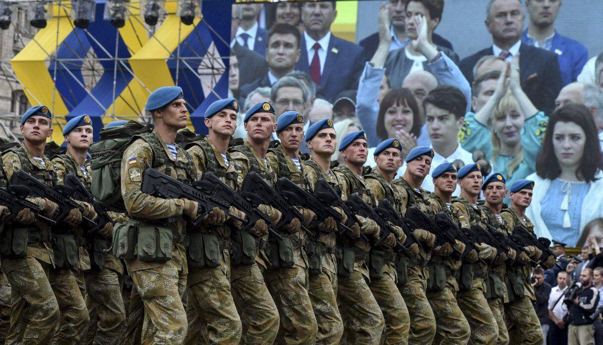 З армією України є проблеми - Тимчук