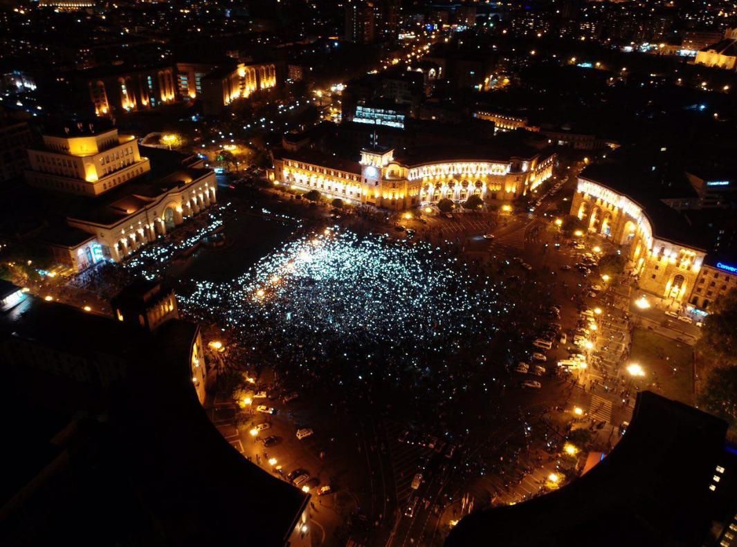 Мітинг на Майдані Республіки в Єревані