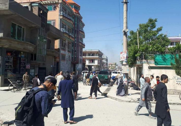 В Кабуле в толпе подорвался смертник: 57 жертв