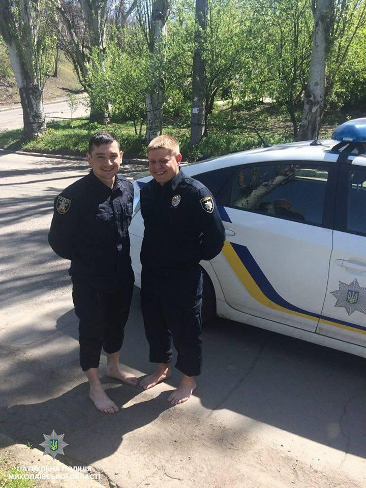 У Миколаєві копи врятували дівчину, стрибнула з моста