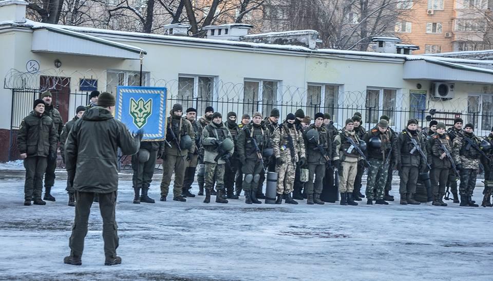 На Донбассе победы Украины хотят больше, чем в Киеве – комбат