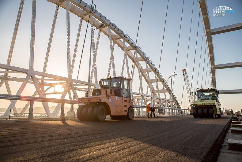З'явилися свіжі фото Кримського моста