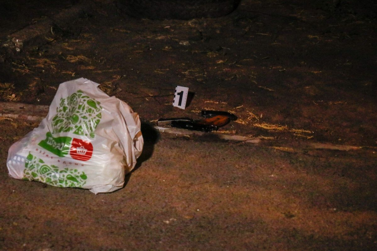 У Києві сталася стрілянина через пакет із їжею