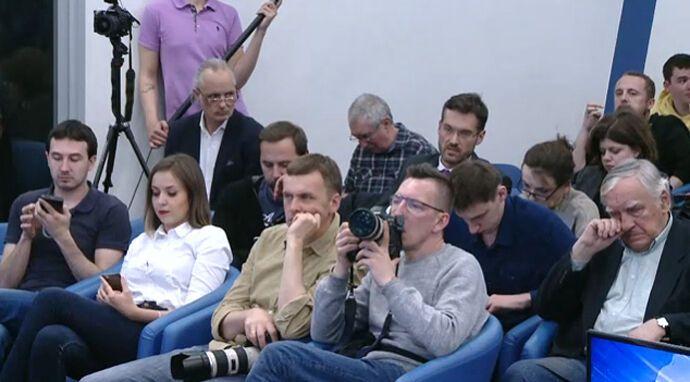 Азаров і Ко анонсували повернення в Україну