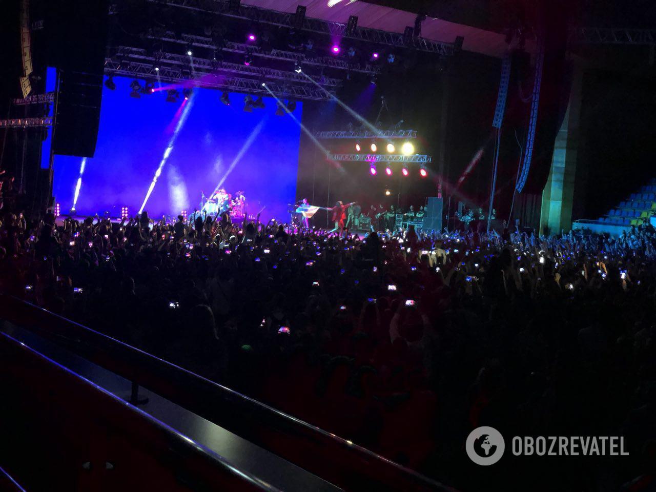 Джаред Лето в Киеве порадовал фанов флагом Украины