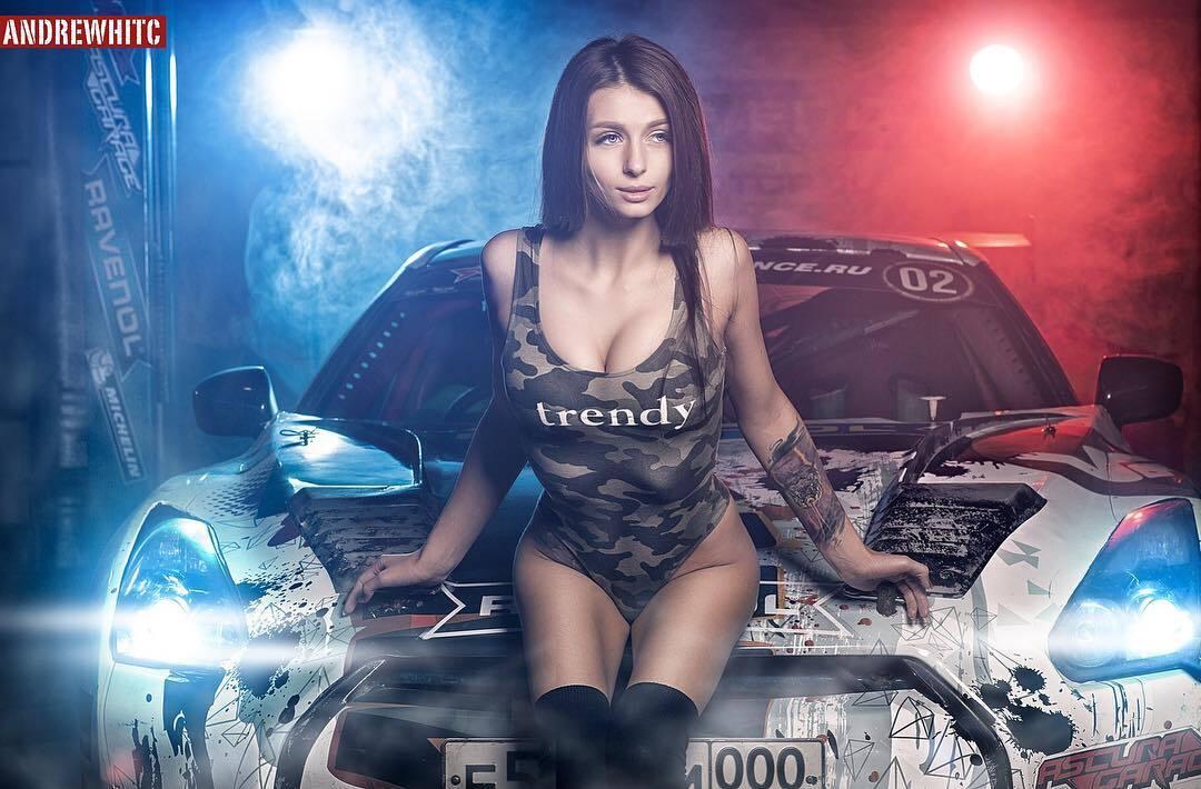 Олена Єлізарова