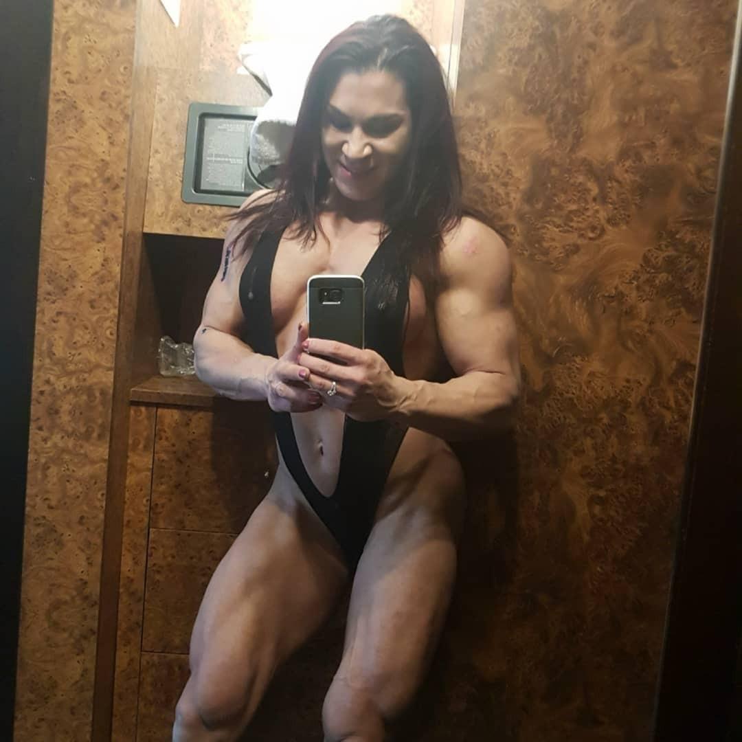 Рената Хронова