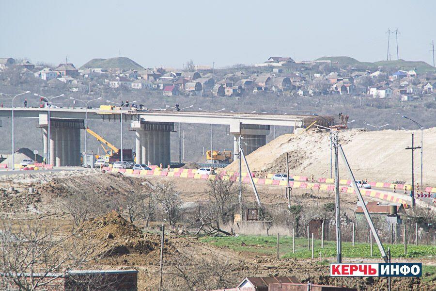 Крымский мост: оккупанты снова похвастались