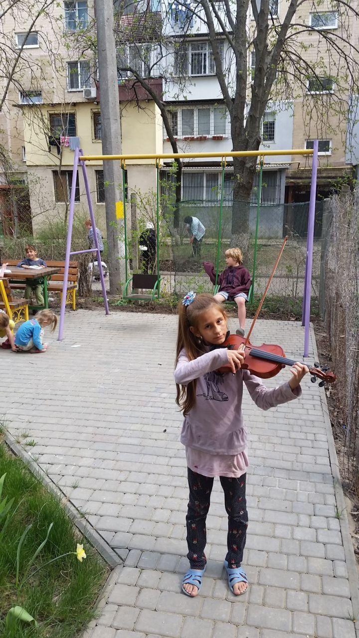 Площадка, оборудованная Ольгой для детей