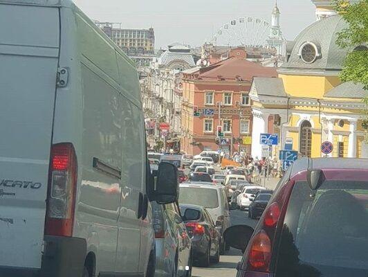 Ремонт дорог в Токио и в Киеве: телеведущий назвал отличия