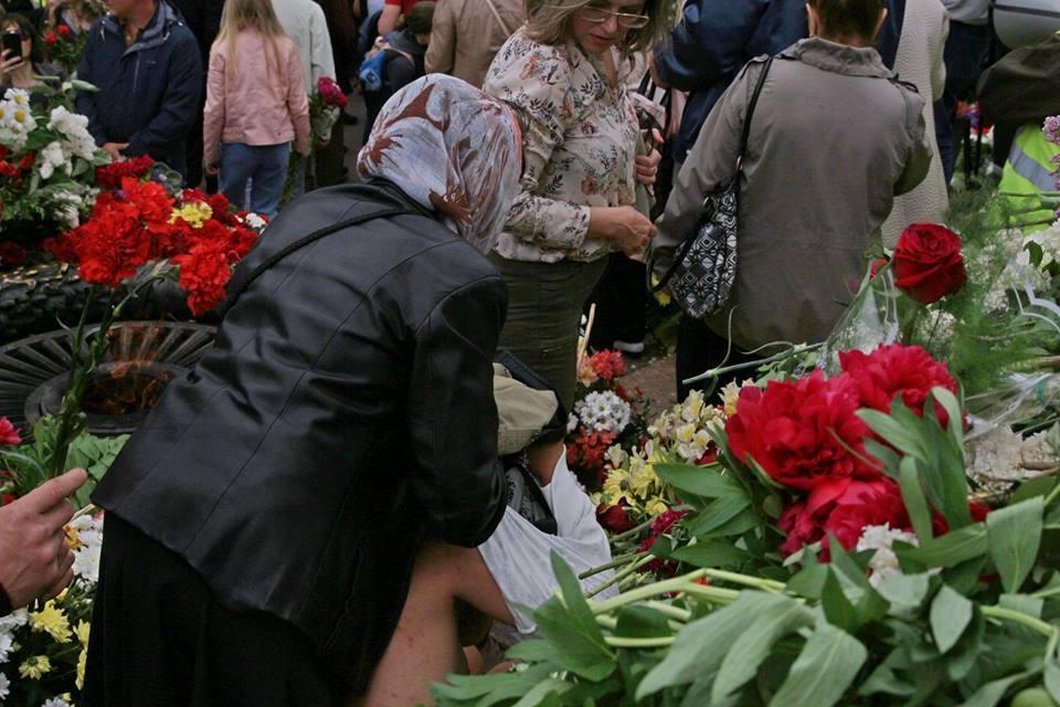 В Одесі влаштували стриптиз біля пам'ятника Невідомому матросу