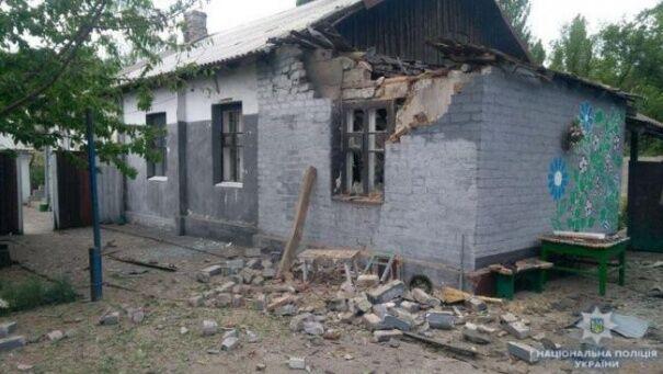 Разбитый в ходе боев дом в поселке Чигари