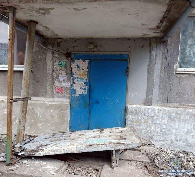 Померла дівчинка, яка потрапила під бетонну стіну