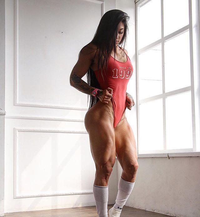 Фітнес-модель з України підкорила Instagram своїм тілом
