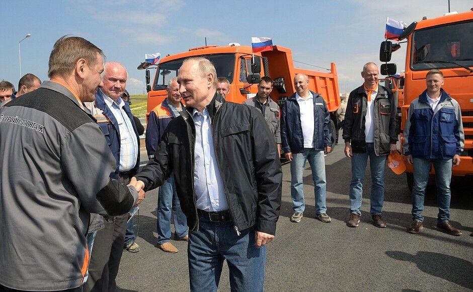 Кримський міст: Боровий викрив імітацію Путіна