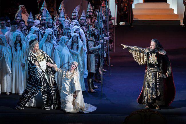 На сцене ни звука: в Киеве показали необычную оперу