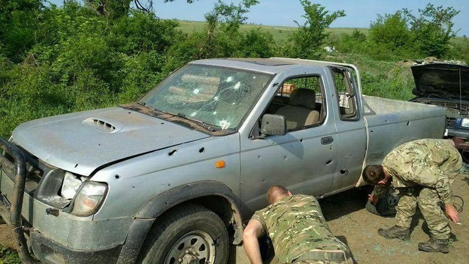 Дивом вижили: бійці ЗСУ показали фото після обстрілу