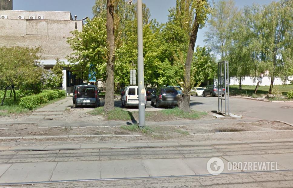 Вул. Дегтярівська, 27-т на Гугл. Картах