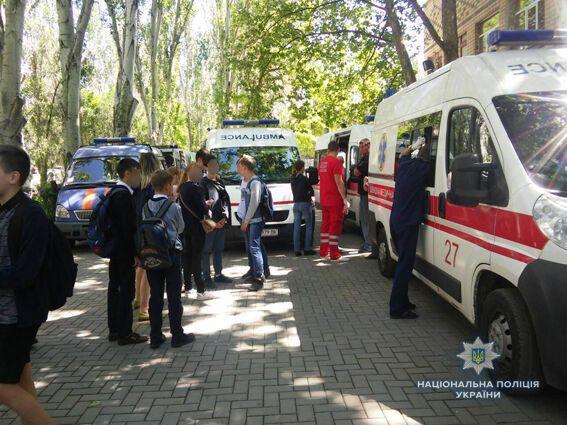 Масове отруєння в Миколаєві: стало відомо про стан школярів