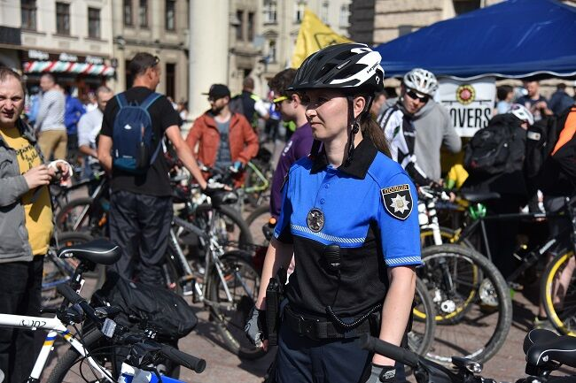 У Львові з'явився велопатруль: фото і відео