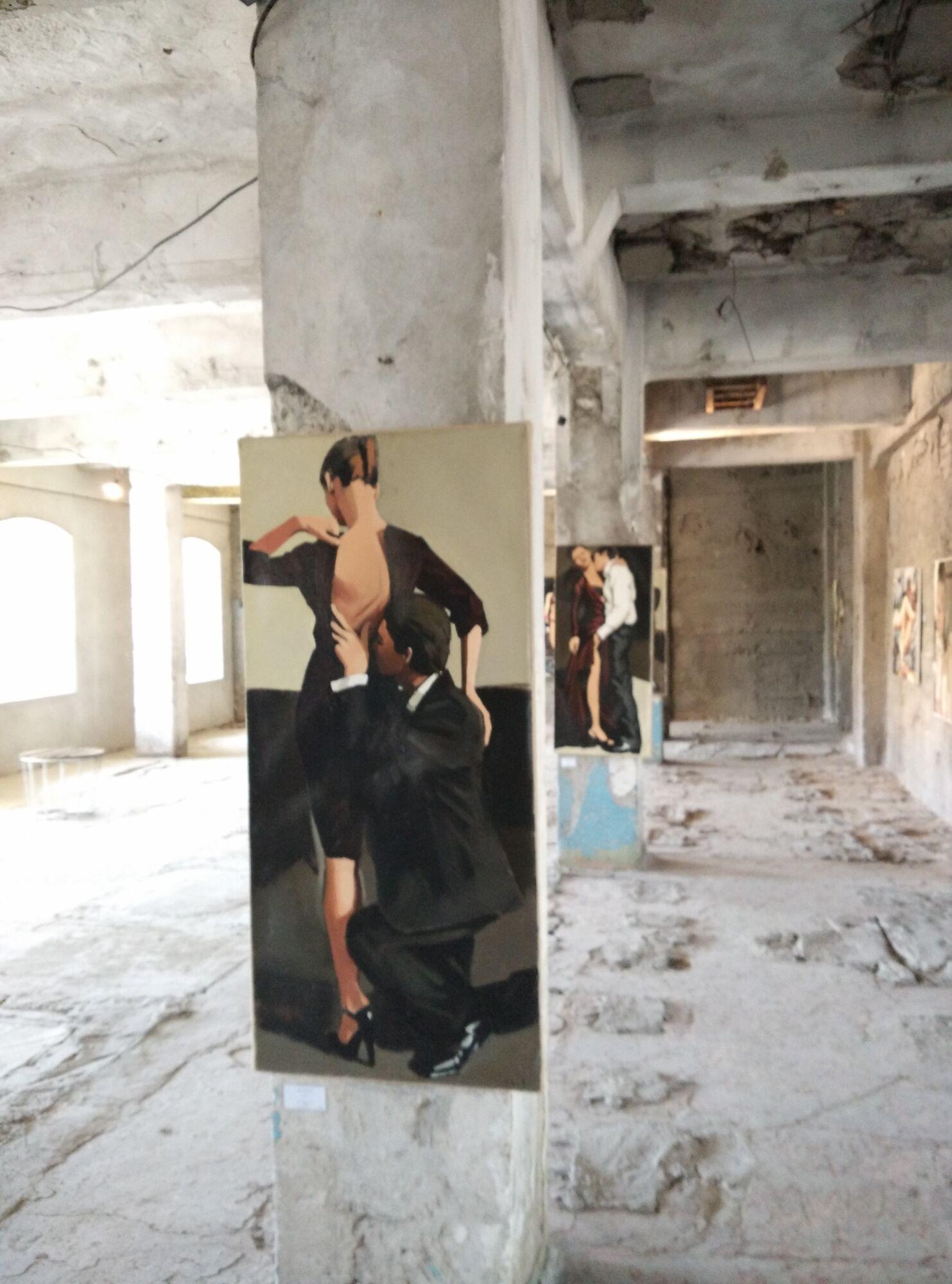 Запорожцам показывают эротический поп-арт от немецкого художника