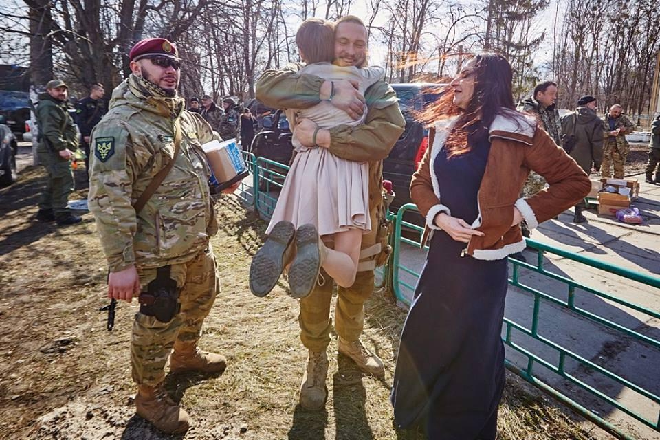Бійці батальону Кульчицького зустрілися з волонтерами Ф.О.Н.Ду Діани Макарової