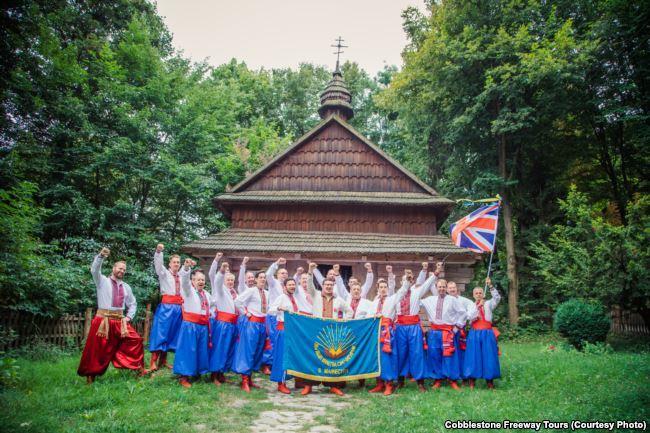 """Столько богатств!"" Туристы об Украине"