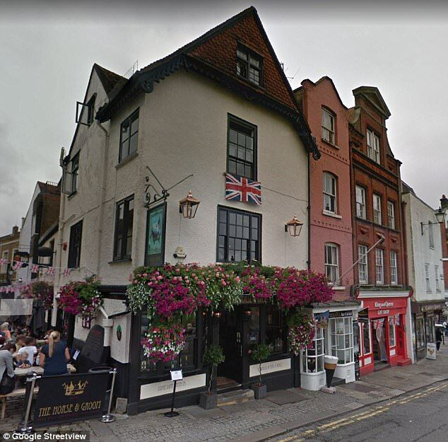 The Horse & Groom pub