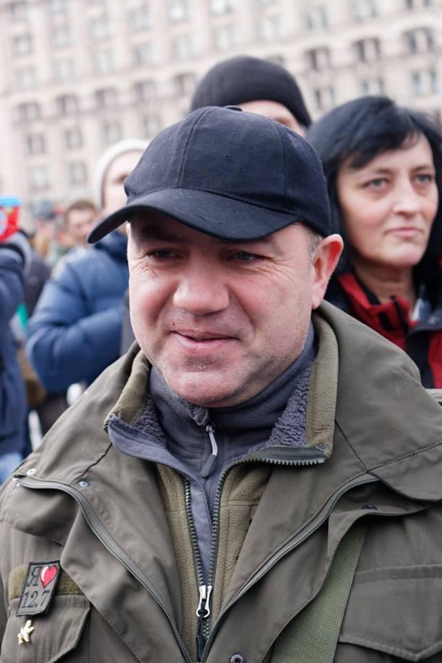 Роман Донік