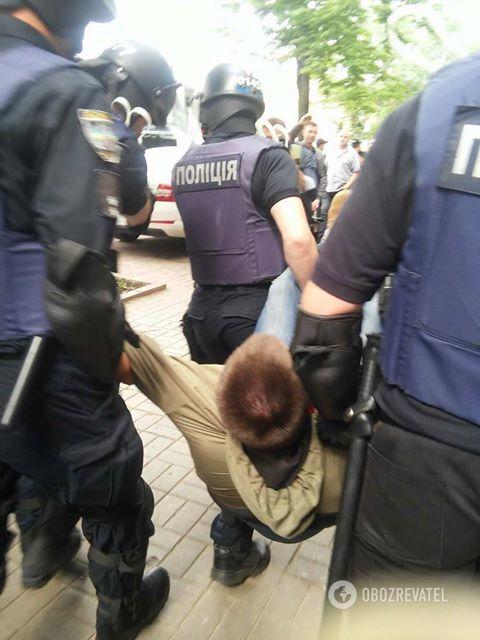 Поліція затримала учасника С14 в Києві 09.05.2018