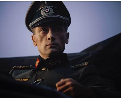 """""""Штандартенфюрер"""": фото актера Пашинина позабавило сеть"""
