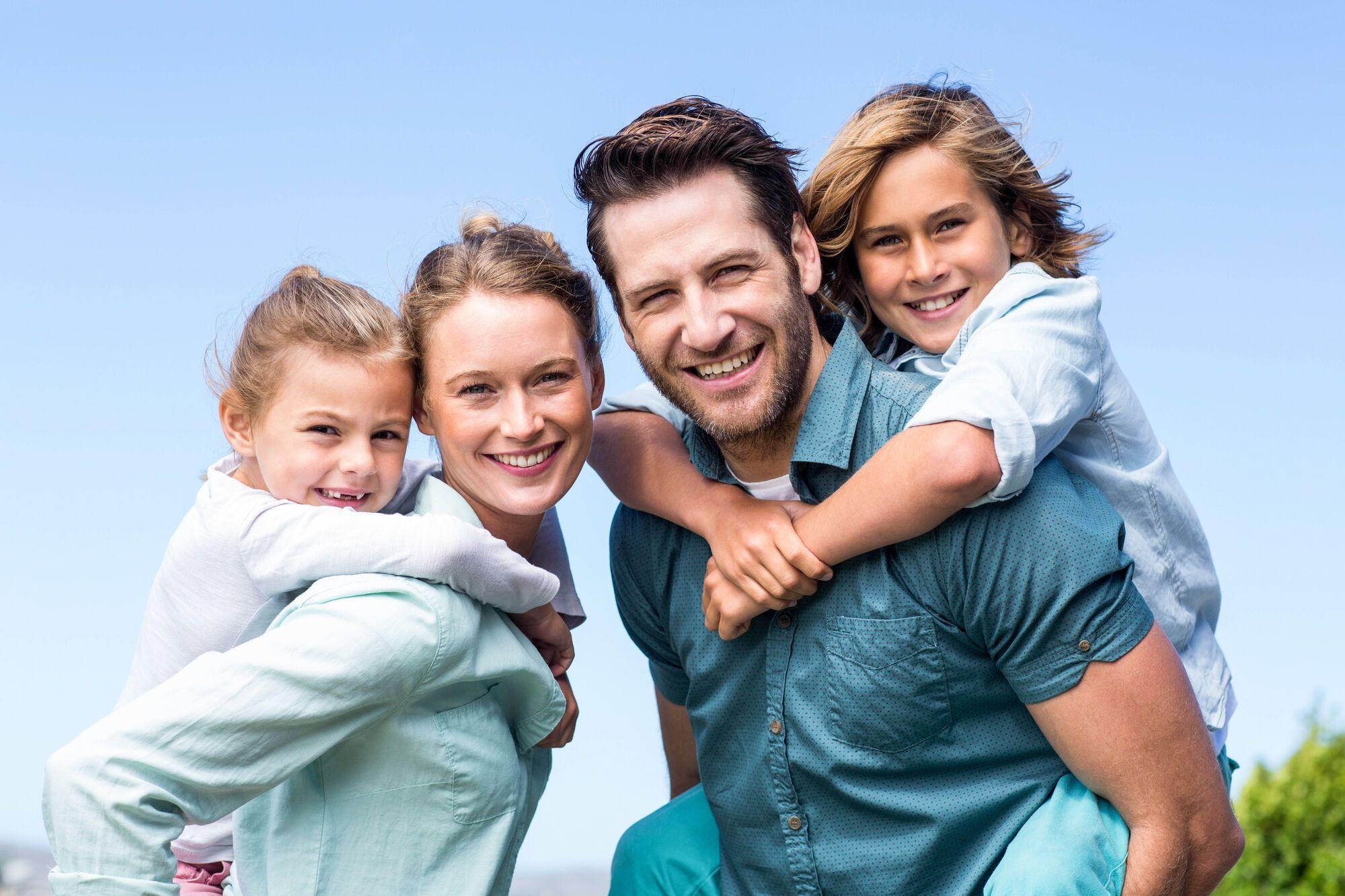 оптовым красивая семья с детьми картинки как